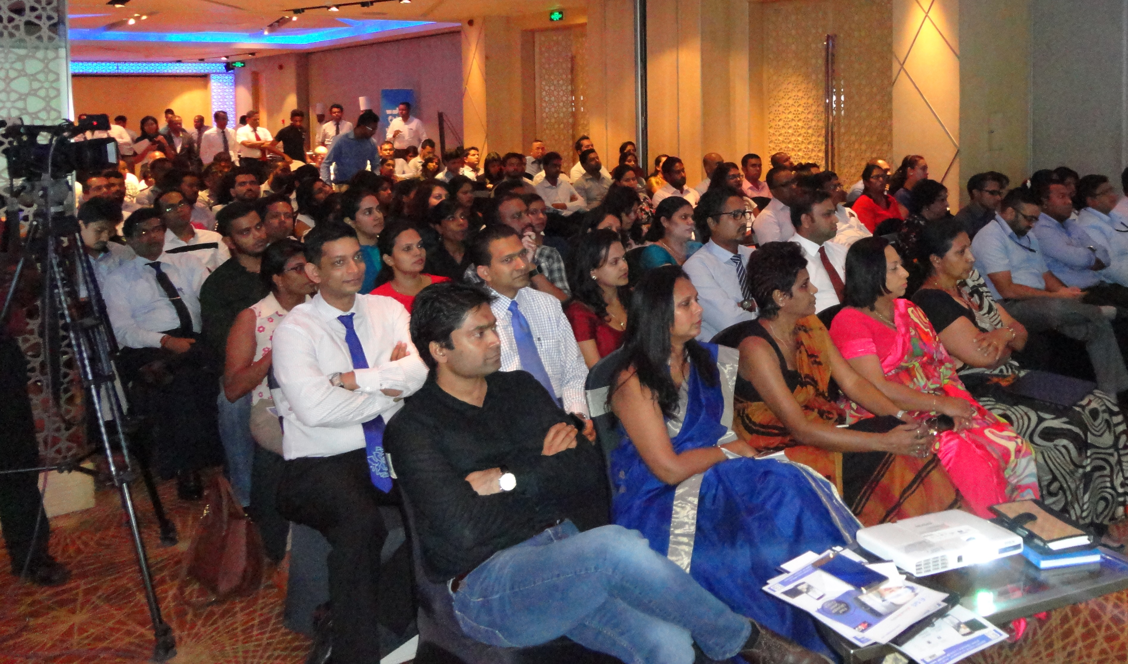 CIM Sri Lanka heralds 2017 with Talking Point series on Marketing Insights